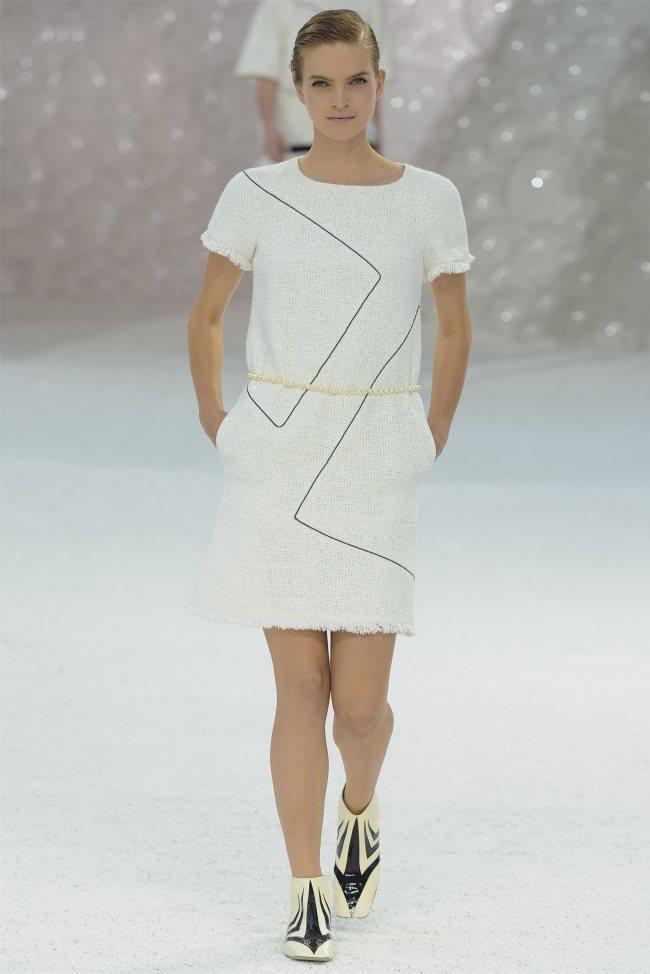chanel8 Chanel Spring 2012   Paris Fashion Week