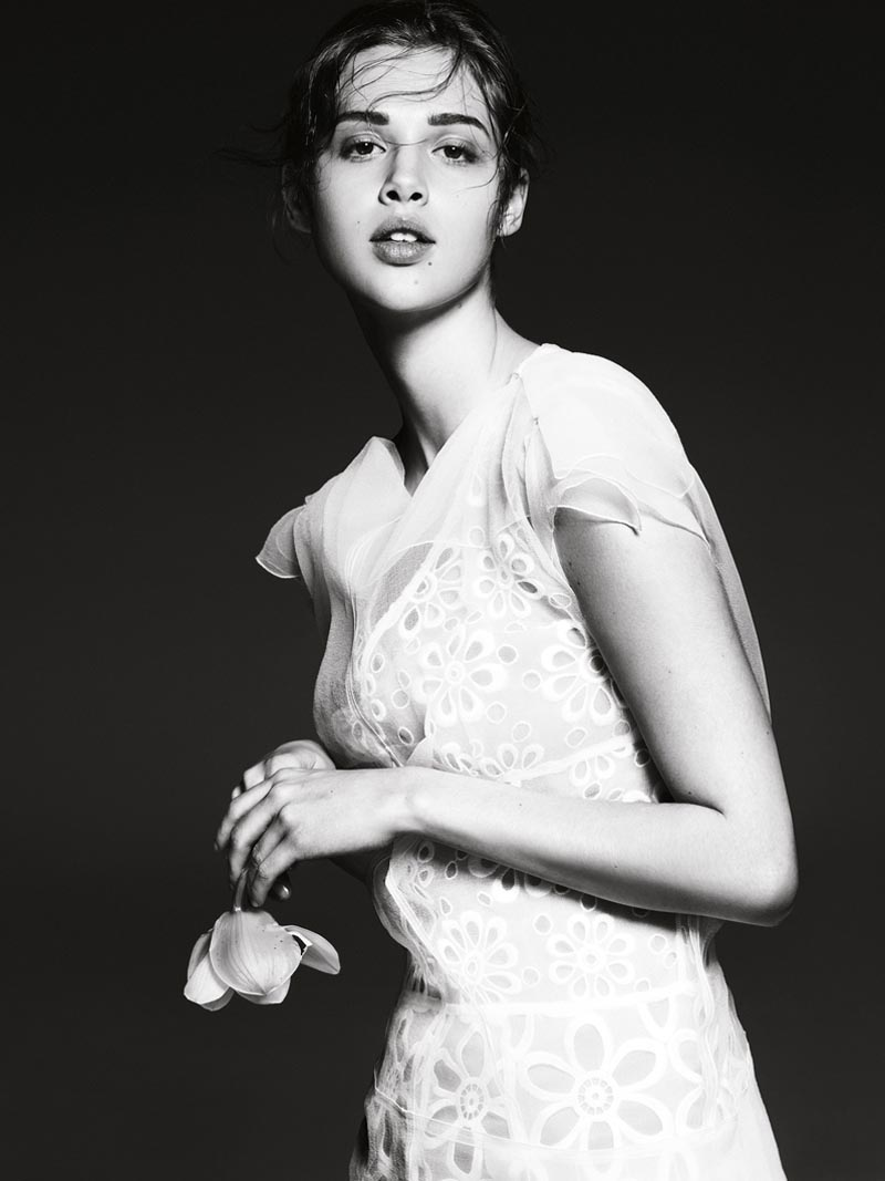 the room8 Liu Wen, Anais Pouliot, Querelle Jansen & Others Keep it Natural for The Room S/S 2012