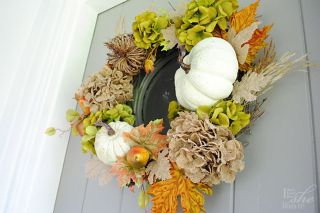 Perfect Hues for Autumn Wreath (tutorial)