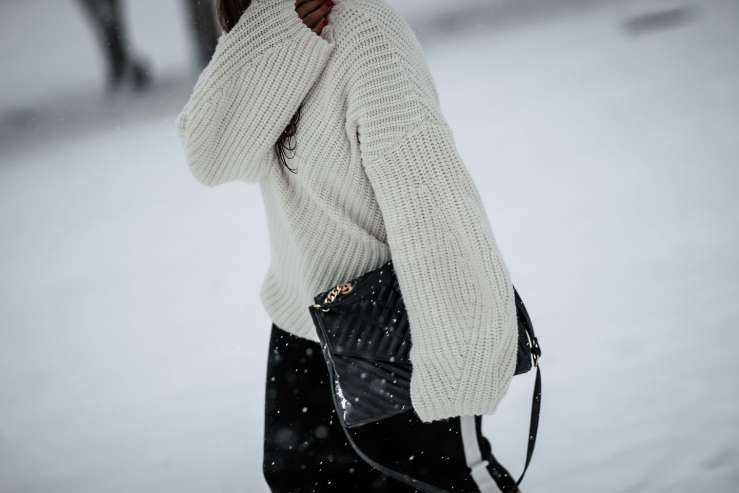 blogueuse mode, the green ananas, blog mode, blog, mango, and other stories, pull loose, sac ysl, ysl, dupe ysl, jupe crayon, zara, pinterest, mango, snow #andotherstories