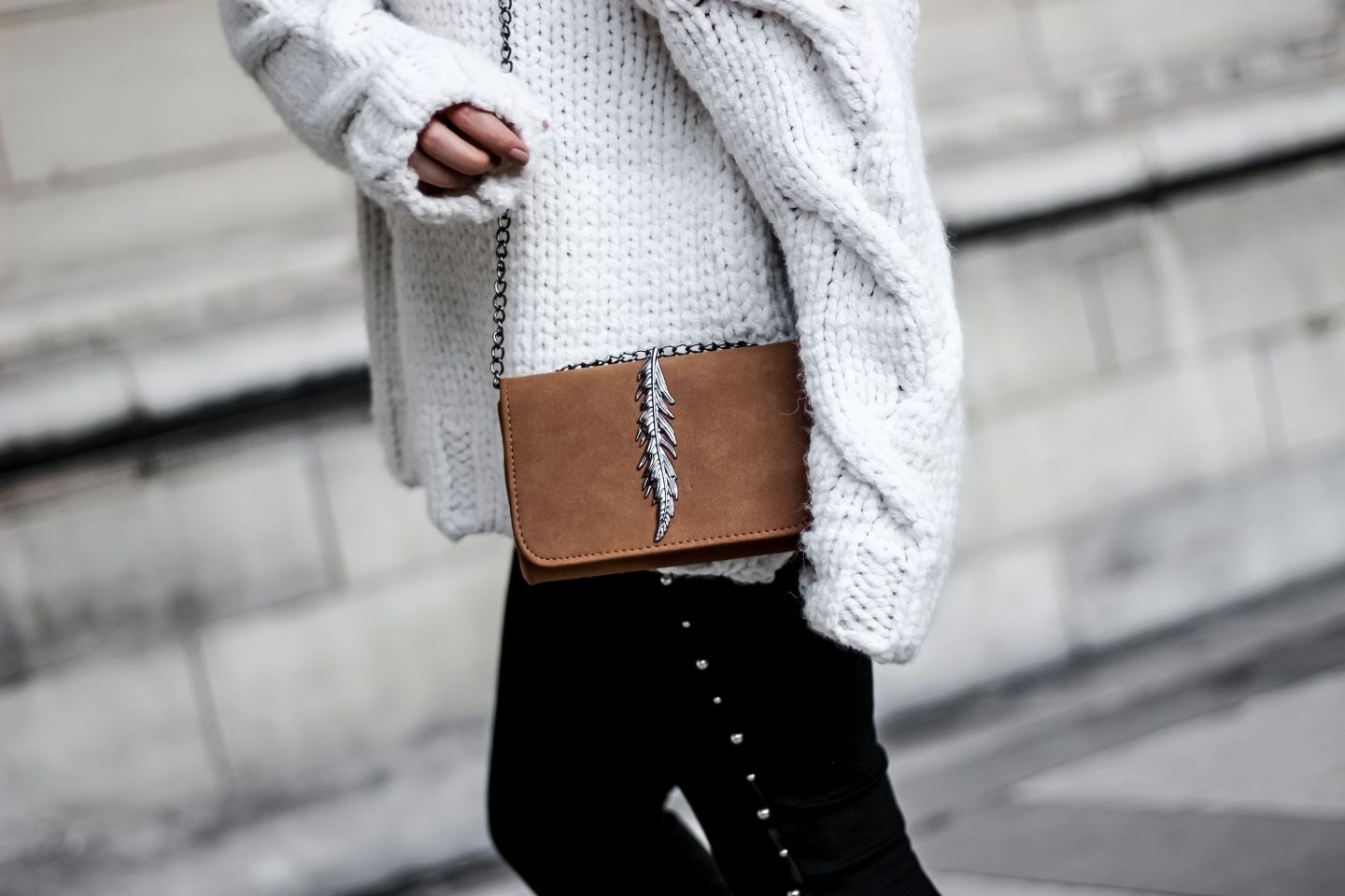 zara, pull loose, pull oversize, shein, blog mode, blogueuse mode, pull zara, the green ananas, pinterest pull, bershka, boots boucles, sweater