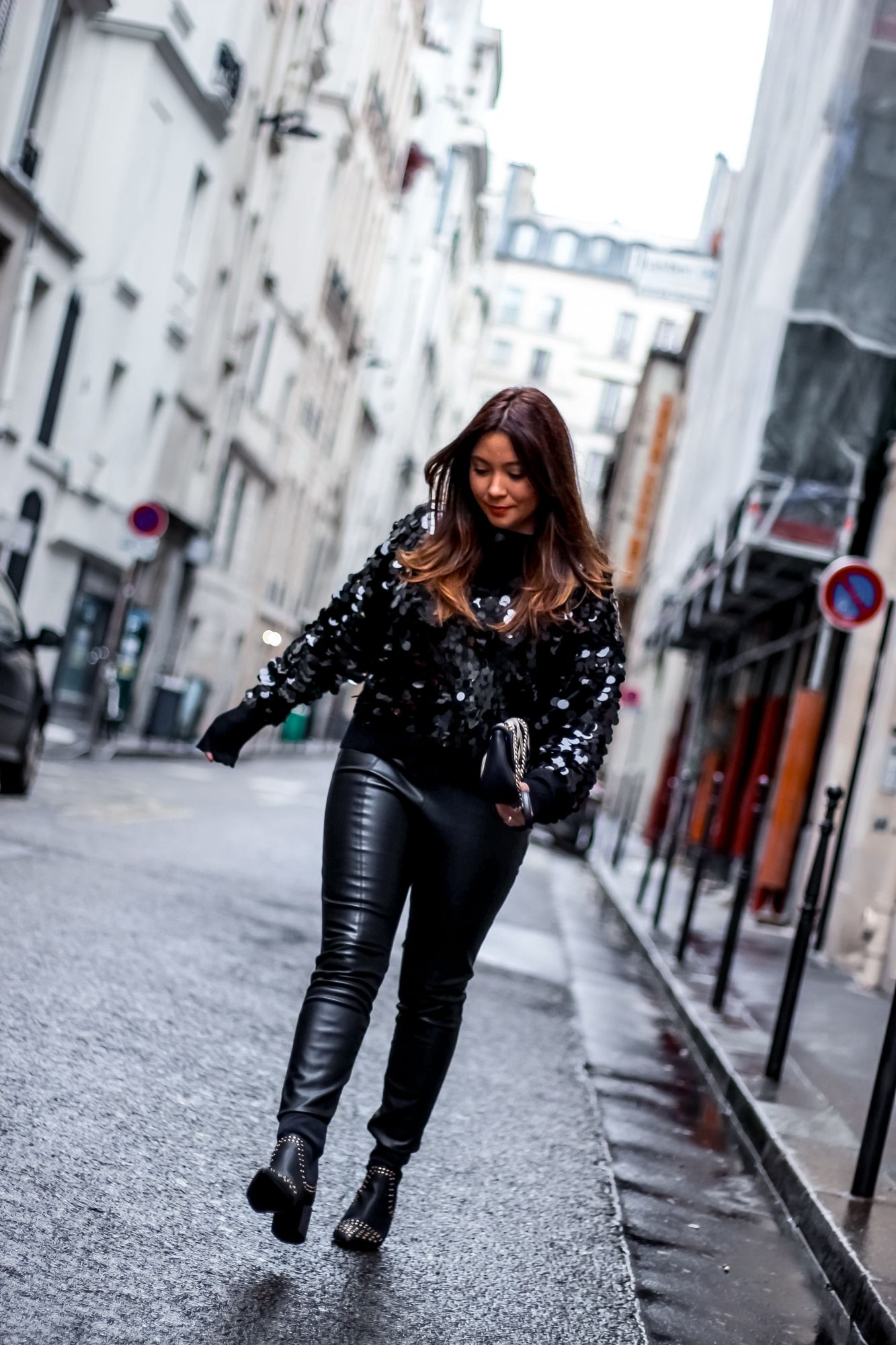 the green ananas, blog mode, pull sequin, look de fêtes, pinterest, mango, zara, sac gucci, bottines clous, pull sequins femme, christmas #2, sac mango, black look, porter du noir, look noir, boohoo, asos, sequins