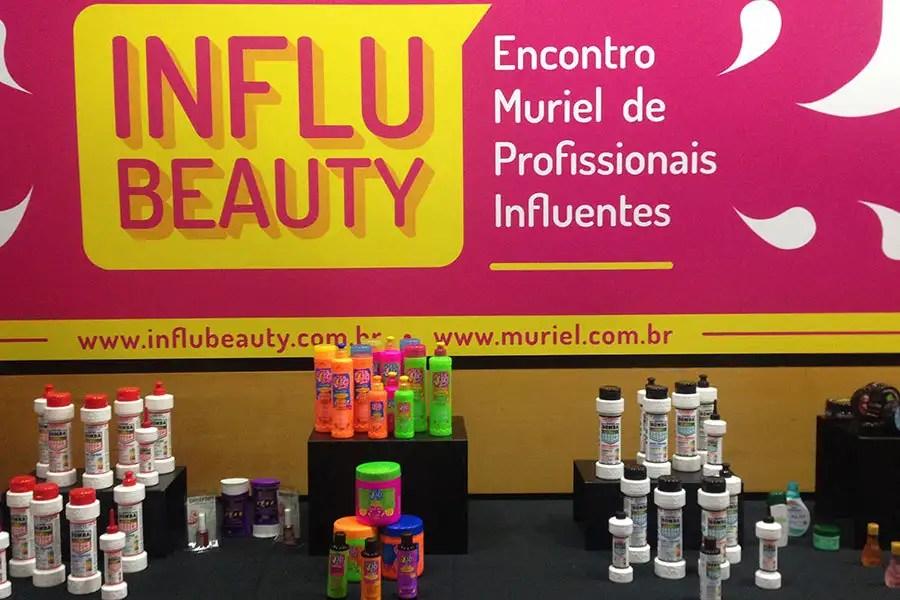 Teve lançamento de SUPER BOMBA DE CRESCIMENTO, few poo, produto pra VOLUMÃO e até MAIONESE CAPILAR para as meninas em TRANSIÇÃO CAPILAR! http://petitandy.com