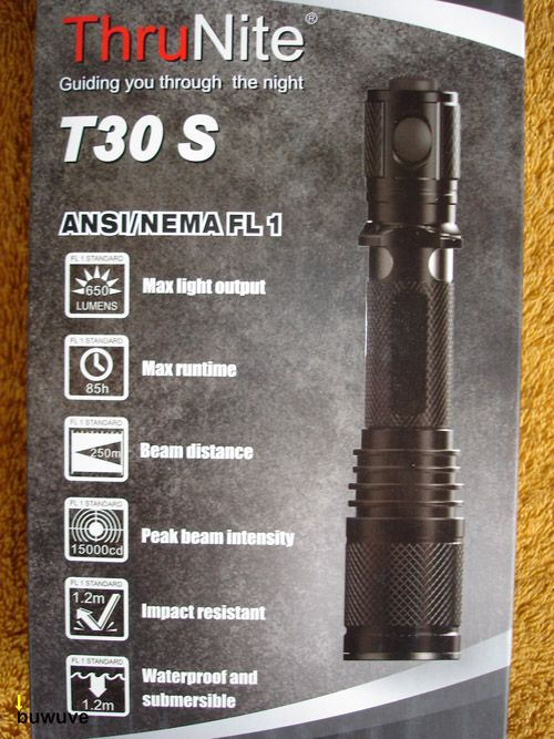 ThruNite T30S Verpackung