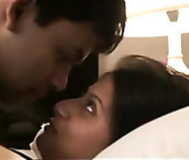 Indian Couple Honeymoon Passionate Kissing And Sex Indian Homemade
