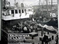 livre sur les ports . les Hommes de la Mer.