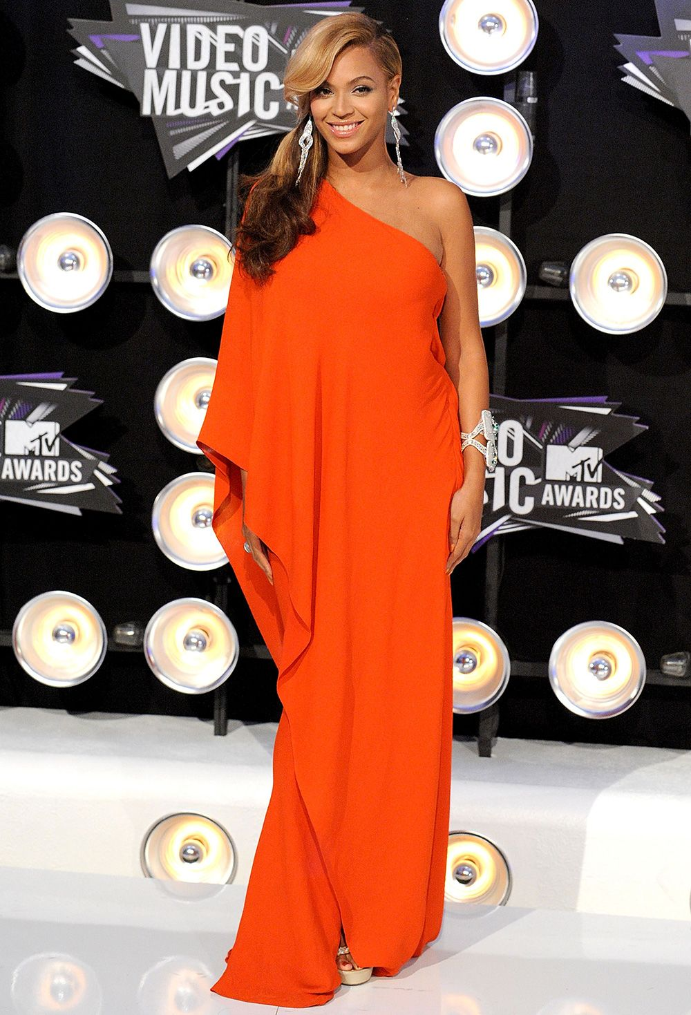 Beyonce Announces Shes Pregnant Awards 2011