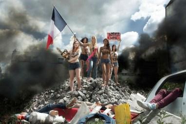 Combo, Femen Leading The People, 2014.