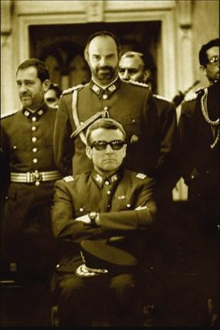 Macron_Pinochet