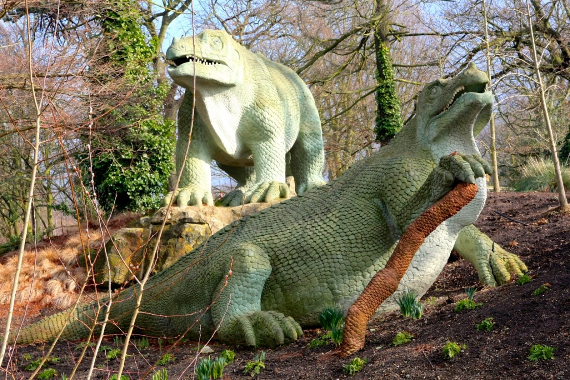 Reconstitution de dinosaures, Sydenham, 1854 (photo AG, 2009).