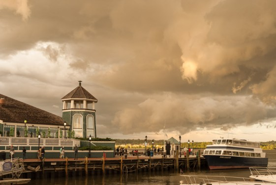 Stormy Dock, Old Town Waterfront. Nikon D200, 18-70 3.5-4.5 AF-S DX @ 31mm, ISO 100, f/5.6, 1/50 sec.