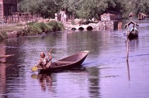 Daily Life in Vale of Kashmir, India, 1982 (27)