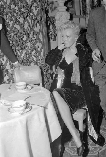 Marilyn Monroe & Laurence Olivier at a Press Conference at the Plaza Hotel, (12)