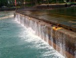 2009-Keauhou_Bay-water_receding