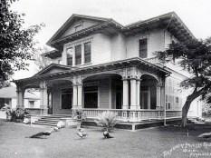 Ainahau_-_Kaiulani's_House-after_1897
