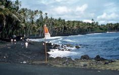 Black_Sand_Beach_1959-WC