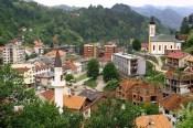 Bosnia-Church near Mosque