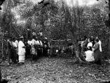 Burial_and_grave_of_Robert_Louis_Stevenson_in_Samoa,_1894
