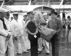 First official consignment of U.S. mail flown to Hawaii by Pan American Clipper-PP-1-7-006--left-SFO-Nov_22,_1935