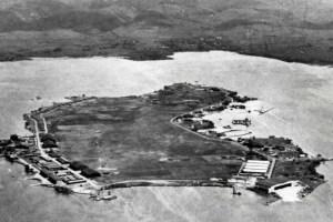 Moku'ume'ume (Ford Island)