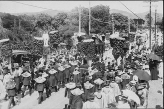Funerals - Queen Liliuokalani - Procession, Nuuanu Avenue- PP-26-9-003