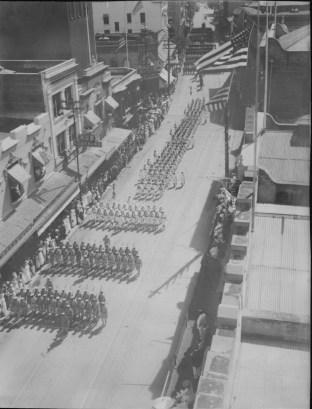 Funerals - Queen Liliuokalani - Procession, Nuuanu Avenue-PP-26-9-006-00001