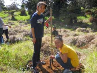 Happy-students-plant_seedling-HFI