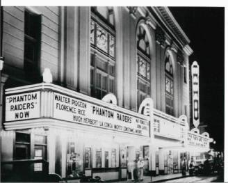 Hawaii-Theatre-(HawaiiTheatre-com)-circa-late-30s