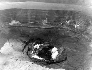 Hawaii-Volcanoes-National-Park--1960-eruption-of-Kilauea-Volcano