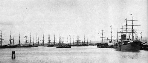 Honolulu_Harbor-Tall_Ships-1889