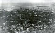 Honolulu_from_Punchbowl_1890
