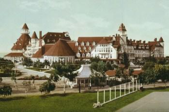 Hotel-Del-Coronado-Beach-1900