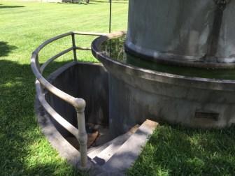 Iolani Palace Artesian Well-Pump-steps