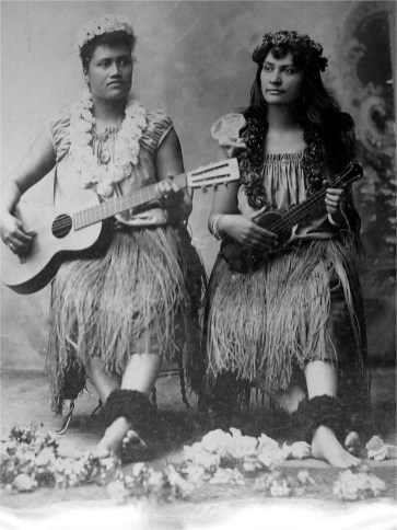 Jennie Wilson and companion hula at Midway Plaisance at the World's Columbian Exhibition, Chicago, 1893