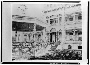 Kalakaua's_Coronation_Pavilion-linked to Palace-(LOC)