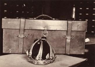 Kalakaua's_crown_destroyed-WC