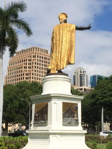 Kamehameha Statue-Honolulu_back