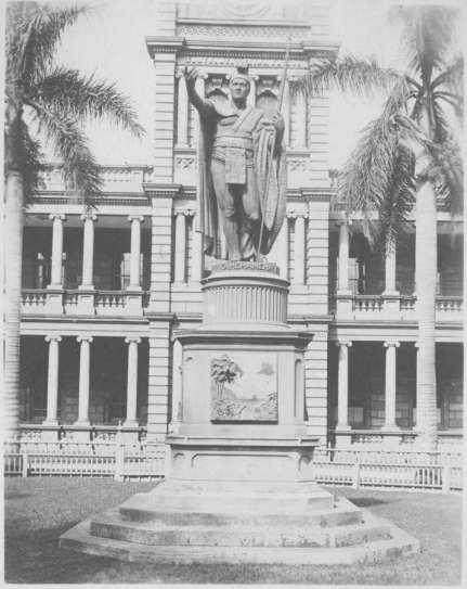Kamehameha_Statue-1900