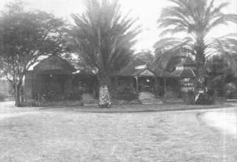 Kamehameha_V_Cottage_at_Moanalua_Gardens