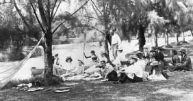Kapi'olani Park taken around 1900