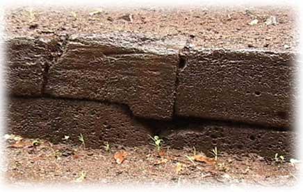 Kauai-Waimea-Menehune-ditch-interlocking_rock