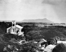 Kawaiahao Church in 1885-Look towards Diamond Head