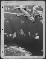 'Madame Pele'-Consolidated_B-24-Liberator_bomber