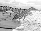 Makaha_Surf_Contest-(CoolHunting)