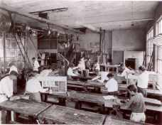 Manual-Arts-Class-James-B-Castle-School-1924