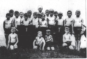 Members of the Boys class at Duncans Gymnasium-SB-May 3, 1916