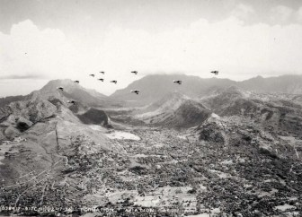 Nuuanu_Valley-Aviation Day formation over Oahu-(hawaii-gov)-December 17, 1934