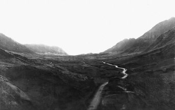 Nuuanu Valley, Honolulu, Hawaii, circa 1900