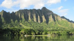 Oahu-Molii-fishpond-toward-Kualoa-ridge