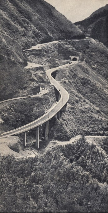 Pali_Tunnels-Bridges_under_construction-1957